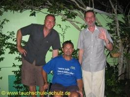 Thomas mit dem Chief Examiner Jens Hofacker und dem President Technical Committee Christian Mietz